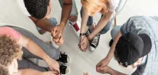 coral-springs-drug-rehab-group-therapy-session-aerial-view